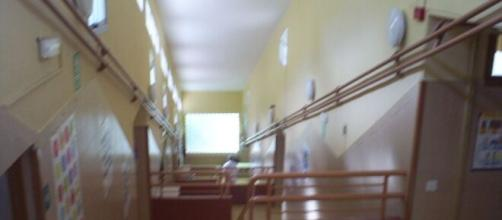 Imagen de un pasillo de un colegio (Fuente: Flickr.es)