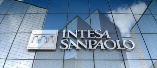 Intesa Sanpaolo offre assunzioni per i diplomati.