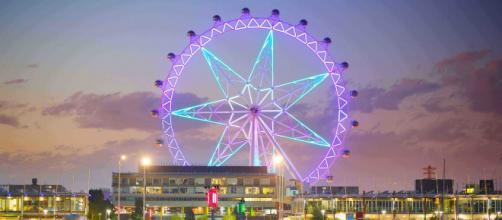 Melbourne Star Observation Wheel (Image source: Roderick Eime/Flickr)