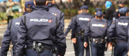 Policia Nacional detiene por abandono al padre de una niña de dos años (Flickr)