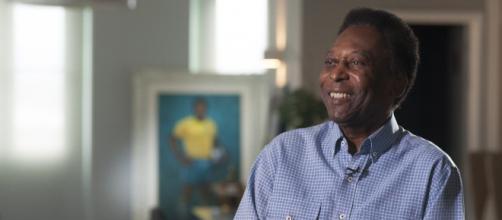 Tumor no intestino levou Pelé a realizar cirurgia (Reprodução)