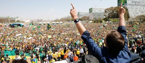 Famosos apoiam manifestações em 7 de setembro (Alan Santos/PR)