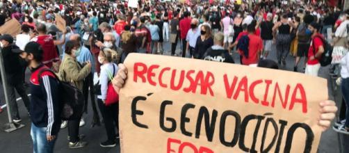 Manifestações contra Bolsonaro ganham mais apoio (Roberto Parizzotti/Fotos Públicas)