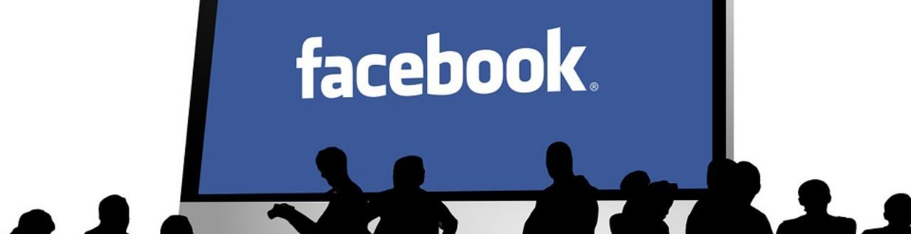 Bei Facebook handelt es sich um ein soziales Netzwerk im Internet, welches von dem US-amerikanischen Unternehmen Facebook Inc. betrieben wird.