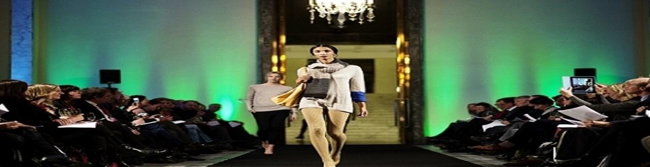 L'industrie de la mode a explosé au 20e siècle, mais la volonté d'être bien habillé a toujours existé dans nos sociétés.