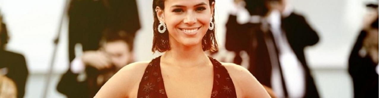 Bruna Marquezine ganhou notoriedade em 2003 com a personagem 'Salete', da novela Mulheres Apaixonadas.