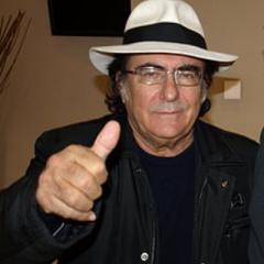 Albano Carrisi è un cantautore pugliese e può essere considerato uno dei pilastri della cultura nazional popolare italiana.