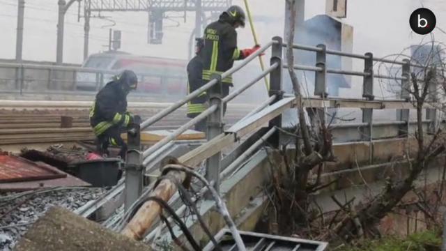 Incendio doloso alla stazione di Bologna. Quando il terrorismo lo si vuole creare.