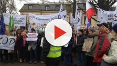 Komitet Obrony Demokracji protestował przed Trybunałem Konstytucyjnym