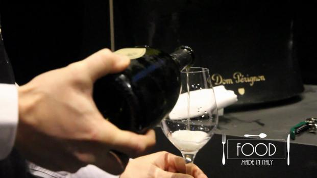 In questa puntata Roberta Schira intervista Francesca Terragni, Brand Director Dom Pérignon.
