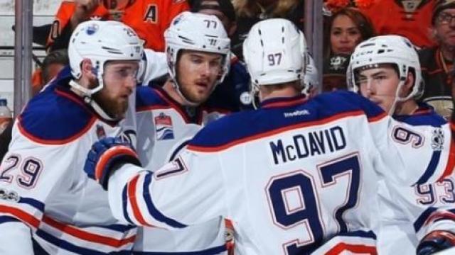 Video: Los Oilers con un gran Draisatl y Larsson sorprenden a los Ducks en Anaheim