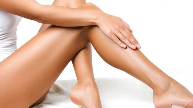 Depilação íntima feminina com pasta de dente: nova tendência?