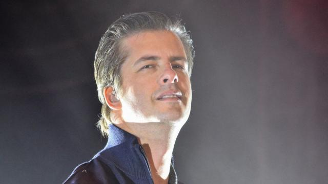 Filho do cantor Victor Chaves nasceu, mas pai o 'abandonou'