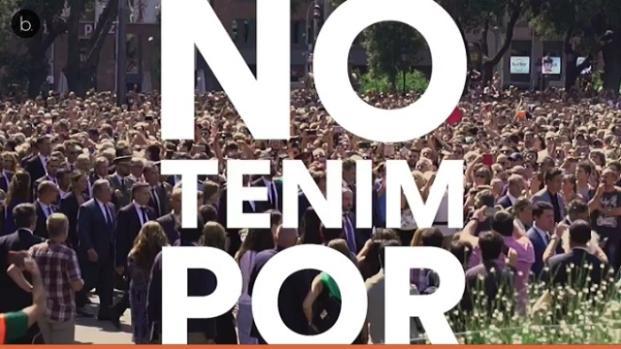 Barcelona sale a la calle para rechazar el terrorismo