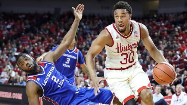 Nebraska basketball uses football opener to sell program to talented guard