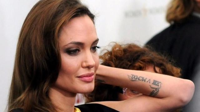 Angelina Jolie aparece mais magra do que nunca e admite doença