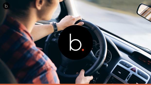 Em Uber famoso é flagrado recebendo sexo oral