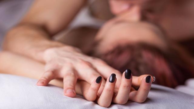 Pesquisa feita por jornal local revela os nomes dos homens 'mais ruins' de cama