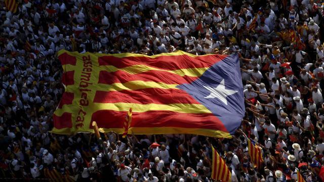 01 de Octubre: Los catalanes salen a votar