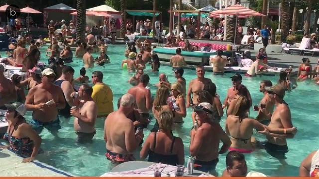 Un hombre dispara contra la multitud enLas Vegas