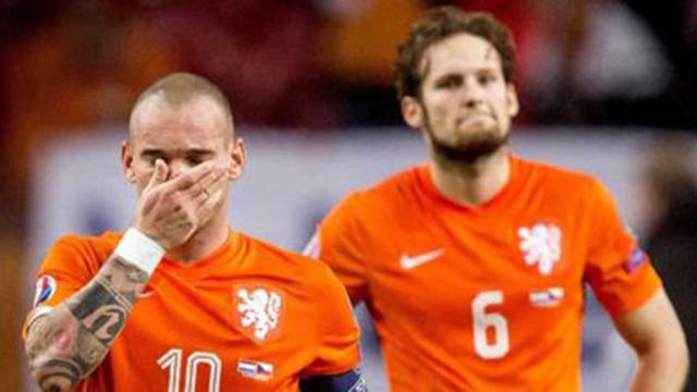 Grandes selecciones y futbolistas que no asistirán a Rusia 2018