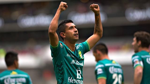Elías Hernández responde al interés que tiene Chivas por él