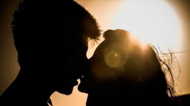 Diferentes tipos de beso su significado en la sociedad