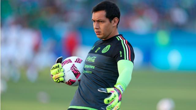 Fassi declara que tiene que hacer Chivas para quedarse a Cota