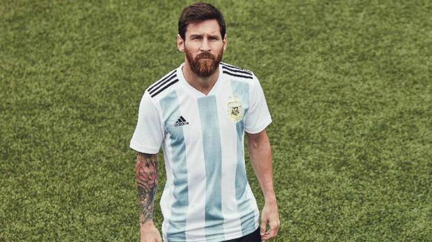 Découvrez les maillots de huit pays pour la Coupe du monde !