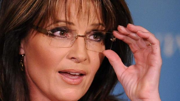 Sarah Palin humiliated on Twitter over TX shooting in failed attack on Democrat
