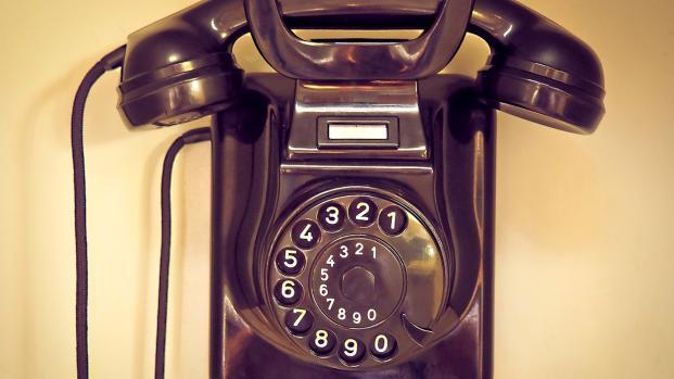 Bollette telefoniche tornano ad essere mensili