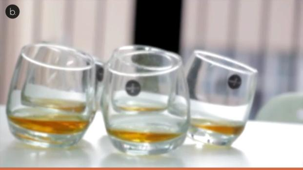 Inventan un coche que funciona con whisky