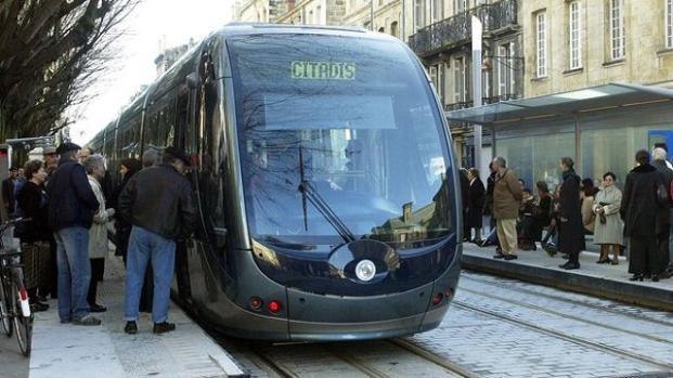 Grèves : quelles perturbations à prévoir aujourd'hui dans les transports ?