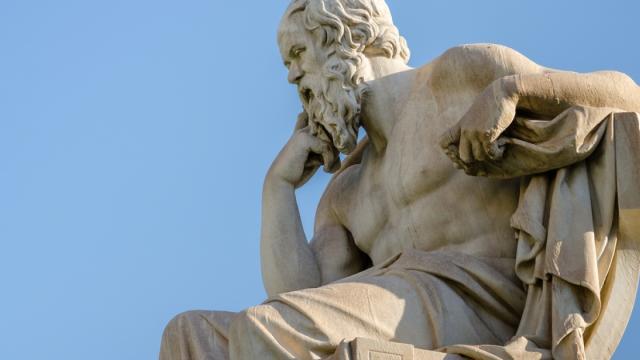 Filósofo Luís Lemos faz palestra em comemoração ao Dia Mundial da Filosofia.