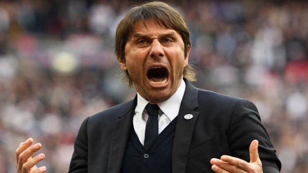 Antonio Conte al Milan: proseguono i contatti con l'allenatore