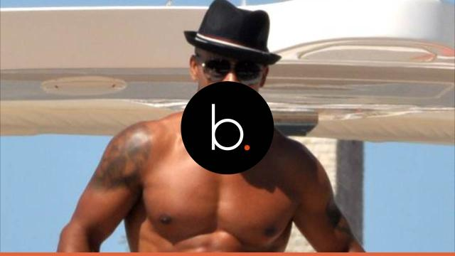 Shemar Moore uses his sexy voice to read
