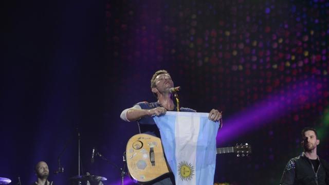 Coldplay 'Música Ligera': homenaje a Soda Stéreo