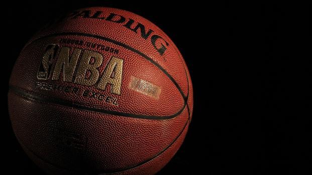 LeBron James: nemmeno un infortunio ferma il gran finale del Re