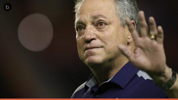 Vídeo: treinador cobiçado indica que já decidiu seu futuro