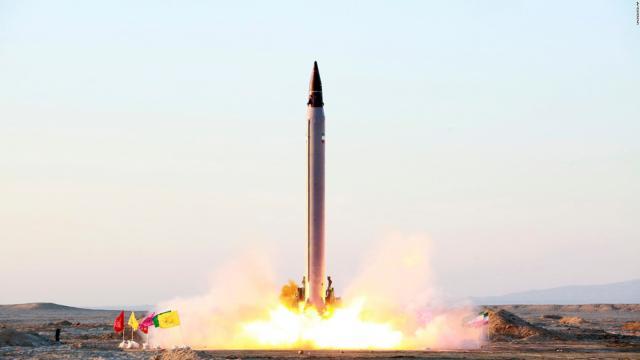 Le Japon achète des missiles pour attaquer la Corée du Nord