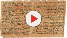 La Biblia de Kolbrinfinas láminas de bronce