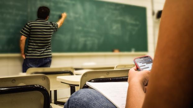 Plus de téléphone portable au collège
