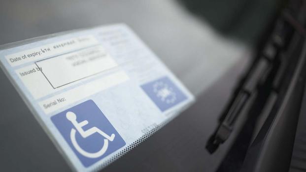 Esenzione bollo auto: come funziona per disabili senza patente?
