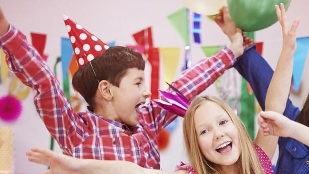 Mamães compartilham dicas e ideias para economizar em festa infantil