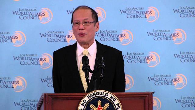 Aquino golpea a Topacio por reclamos de saqueo en la controversia de Dengvaxia