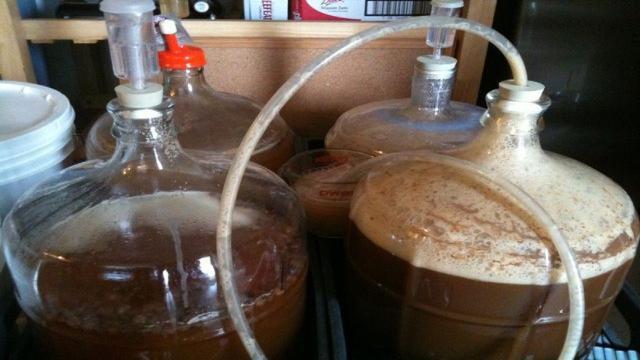 Come produrre la birra fatta in casa, i passi necessari