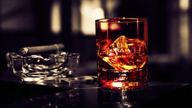 El daño que el alcohol hace a los jóvenes adolescentes no es fácil de detectar