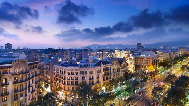 Viaja a Barcelona, la increíble ciudad para querer, conocer y vivir