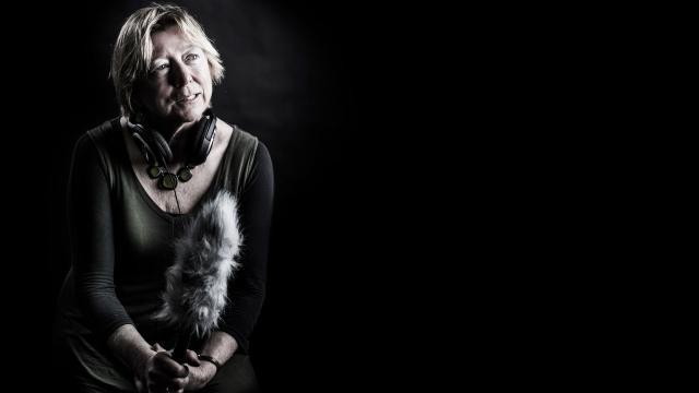 'Mujeres periodistas más vulnerables al acoso en línea'