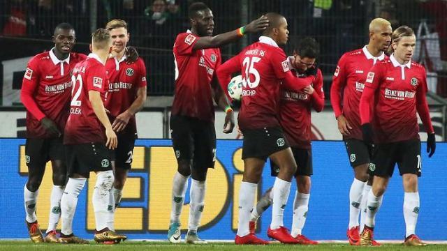 Hannover - Leverkusen: un juego muy salvaje